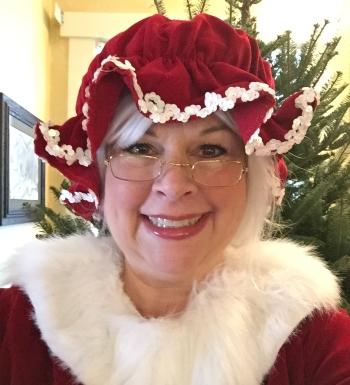 Leslie Martin - Mrs Claus